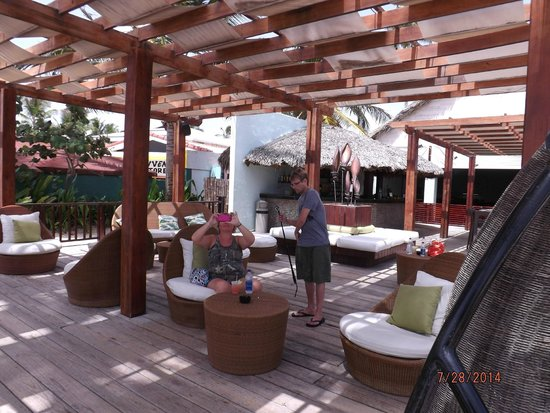 Punta Cana Princess All Suites Resort & Spa : beachbar
