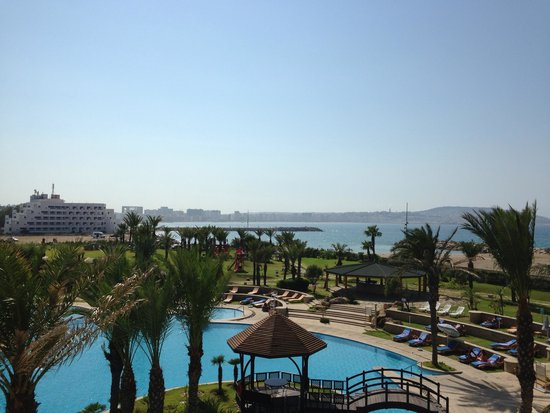 Movenpick Hotel & Casino Malabata Tanger: Piscine