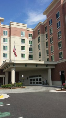 Homewood Suites by Hilton Springfield: Outside of hotel