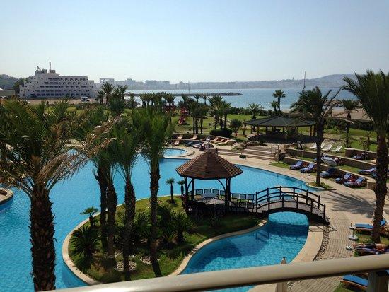 Movenpick Hotel & Casino Malabata Tanger: Vue de la chambre