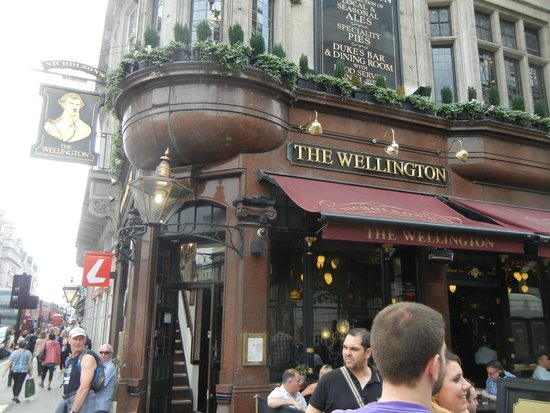 The Wellington: Nice exterior architecture