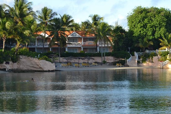 Coco Reef Resort & Spa Tobago: the resort and the lagoon