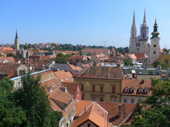 Blue Bike Zagreb Cycling Tours: Zagreb skyline