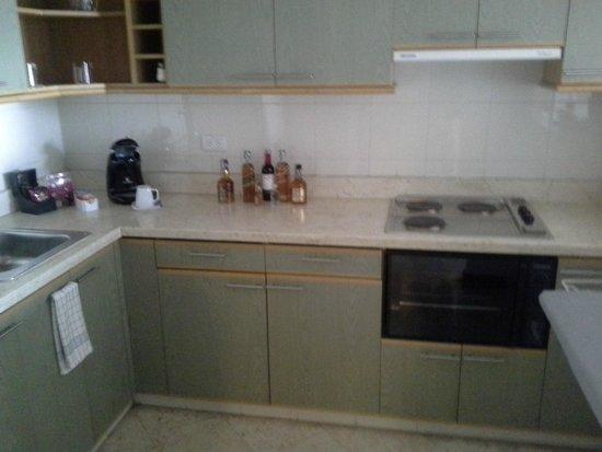 101 Park House: Kitchen