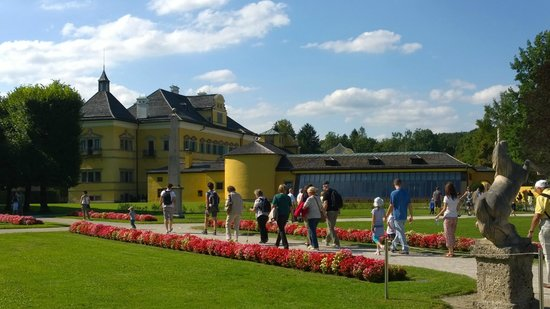 Château d'Hellbrunn : Sulla via per il castello