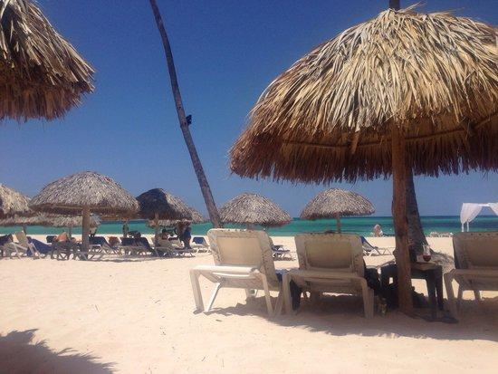 Now Larimar Punta Cana: Preferred club beach area