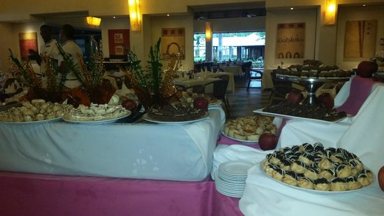 Dreams La Romana Resort & Spa : Dining