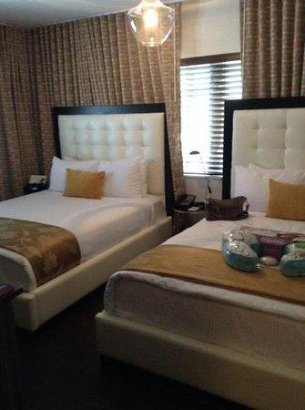 Hotel Croydon: quarto