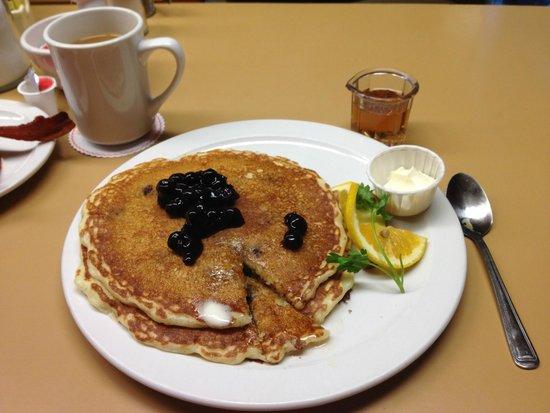 Paula's Pancake House: Blueberry Pancakes rocked it.