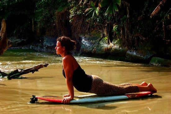 Bliss Massage Center : yoga