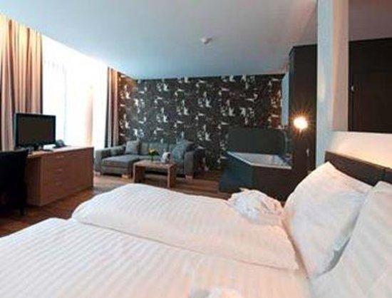 Holiday Inn Schindellegi - Zurichsee: Suite