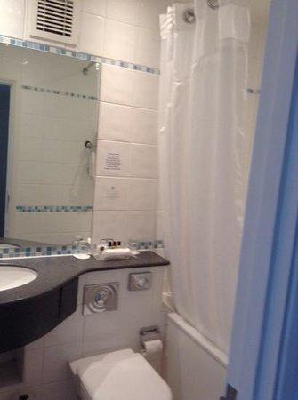 Holiday Inn Portsmouth: bathroom