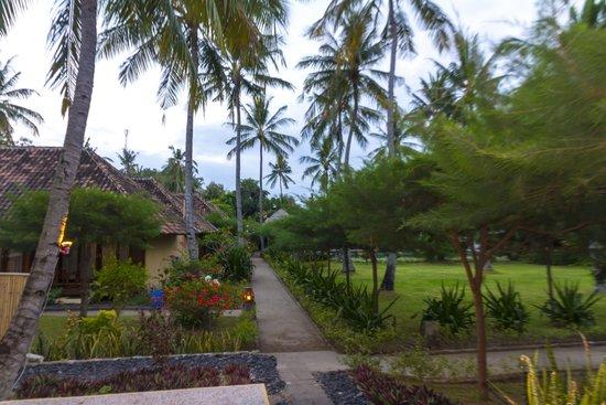 Villa Karang Hotel and Spa: Garden