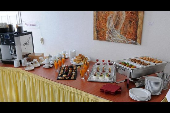 Quality Hotel Vital zum Stern: Breakfast buffet