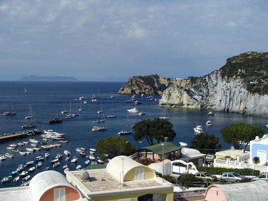 Hotel Villaggio dei Pescatori: Panorama su Cala Feola