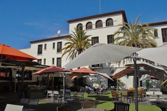 Hotel El Castell: Main building
