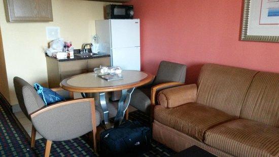 Seashire Inn & Suites: aneks kuchenny