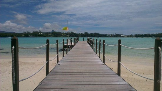 LUX* Belle Mare: LUX Private Island