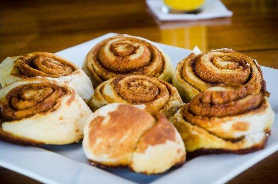 LagunaVista Villas: Vanilla breakfast buns