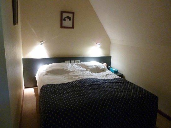 Rosenburg Hotel: lit sous les combles