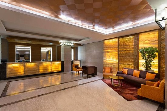 Four Points by Sheraton Jaipur, City Square: Lobby