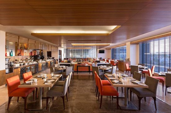 Four Points by Sheraton Jaipur, City Square: The Eatery