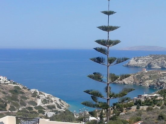 Agapi Beach Hotel: Agia Pelagia, crique  à 6km