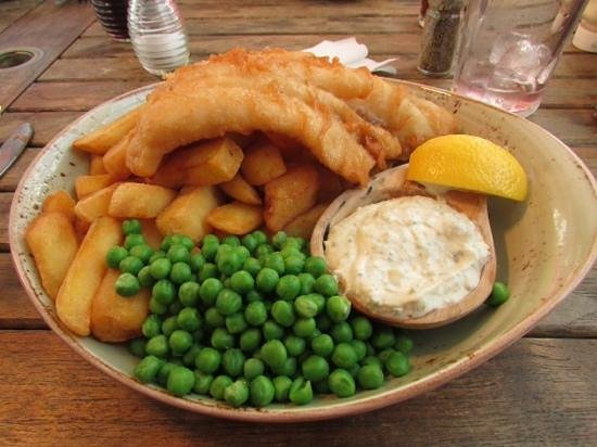The Oyster Catcher: fish and chips