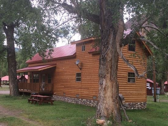 South Fork, CO: Cabin 31 - 2 Bedroom with Loft