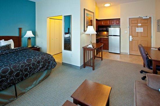 Staybridge Suites South Bend - University Area : Studio Suite