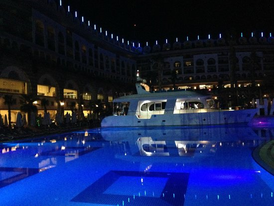 Crystal Sunset Luxury Resort & Spa: Sea Food Al a carte