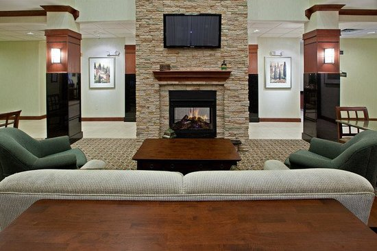 Staybridge Suites South Bend - University Area: Hotel Lobby