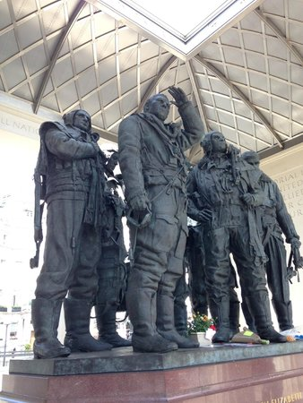 Bomber Command Memorial: Airmen