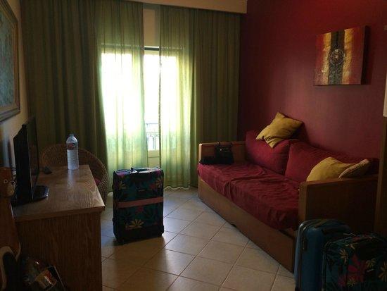 Quinta Pedra dos Bicos: 13A Living Room