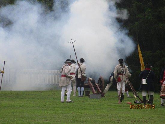 Colonial Williamsburg : Inscenizacja bitwy
