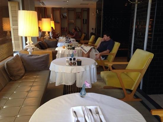 Witt Istanbul Suites: breakfast