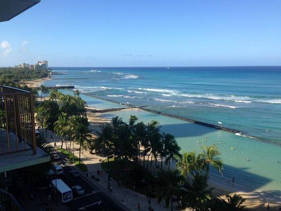 Aston Waikiki Circle Hotel : View from 12 floor