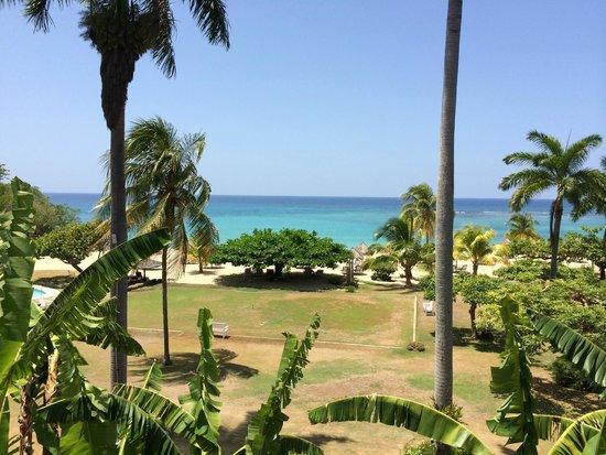 Jamaica Inn: Upstairs Room View