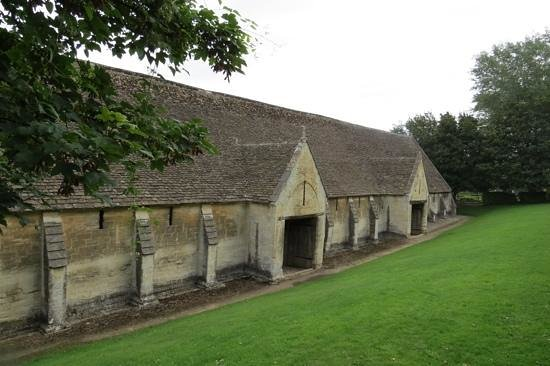 Tithe Barn: The towpath-side elevation