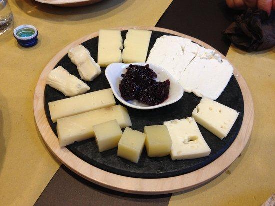 Sciatt a Porter: Tagliere di formaggi