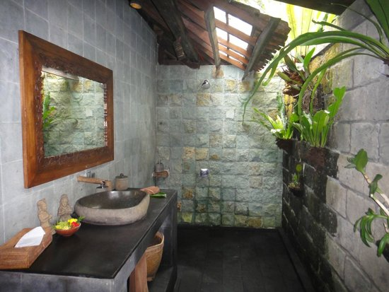 Bali Eco Stay Bungalows: Another bathroom in Harvest Bungalow