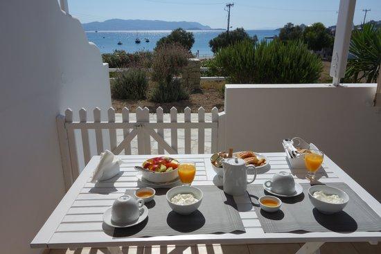 En Milo: Time for breakfast