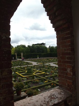 Hanbury Hall : View from the long gallery