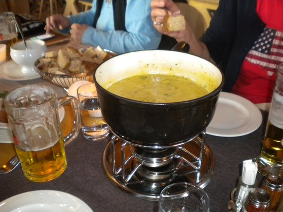 Bergrestaurant Buhlberg: Fondue pot