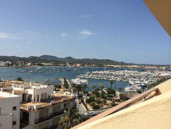 Hotel Piscis: View of the marina