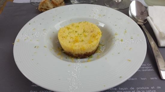 Prao Saint-Nicolas : Cheesecake cirton jaune/vert et chocolat blanc.