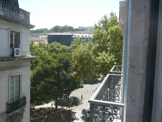 Heritage Avenida Liberdade : View from Balcony to the right