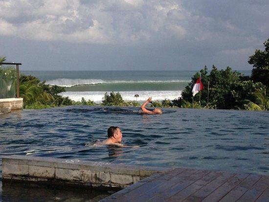 Pullman Bali Legian Nirwana: Infnity pool