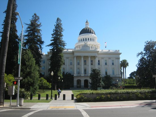 California State Capitol and Museum: view of the building