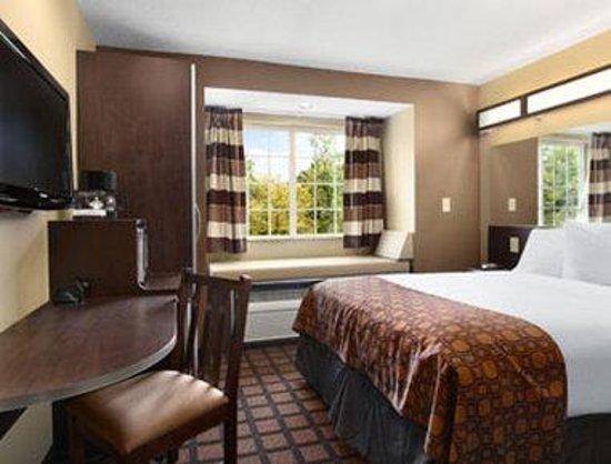 Smoking Room Hotel Columbia Sc